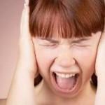 Описание симптомов истерии. Причины возникновения и лечение